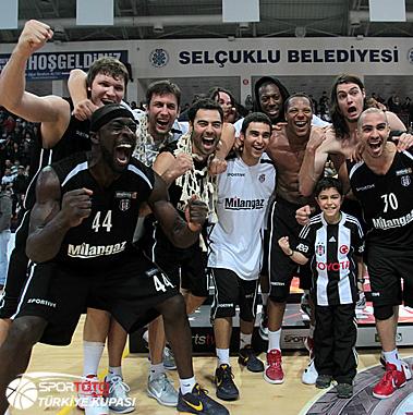 Pops Mensah-Bonsu Wins Turkish Cup