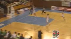 Video: Devon Van Oostrum Catches Defender on the Break!