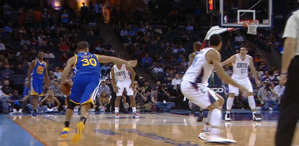 Post image for Stephen Curry Puts Jeff Taylor in the Mixer!