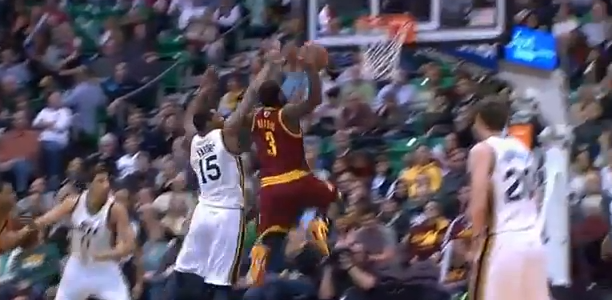 Dion Waiters dunks on Derrick Favors