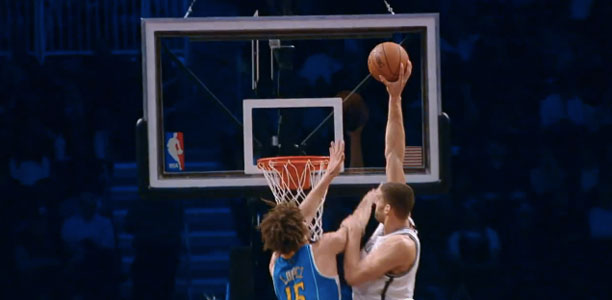 Brook Lopez Posterizes His Twin Brother Robin!