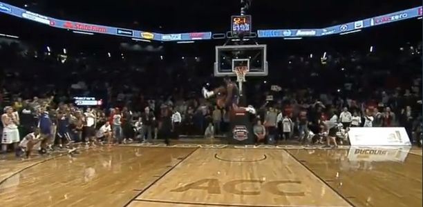 Doug Anderson DESTROYS the College Dunk Contest!