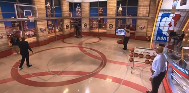 Shaq-&-Charles-Barkley-3-Point-Shootout
