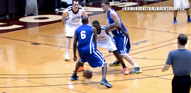 Jamal Crawford (46 points) Battles Tyreke Evans (42 points) in the JC Pro-Am!