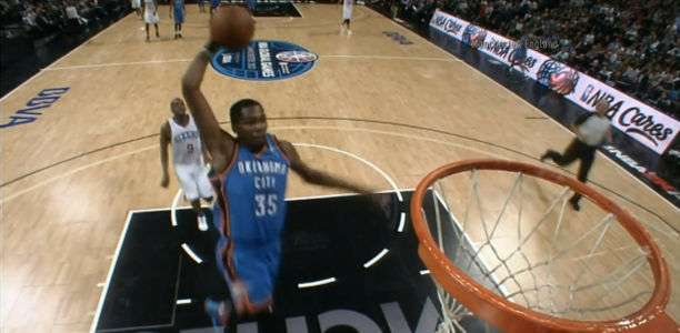Kevin-Durant-in-Manchester