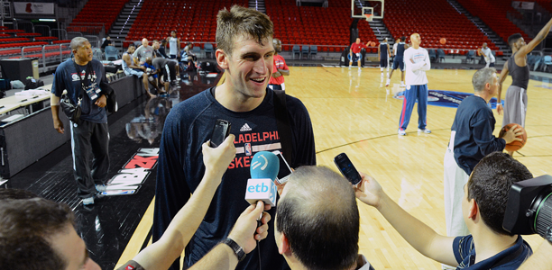 Spencer-Hawes-NBA-Global-Games-2013