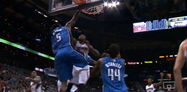 Victor-Oladipo-Poster-Dunk