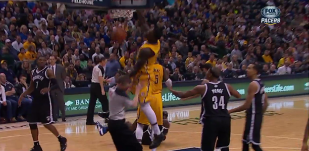 Lance Stephenson Dunks Lance-stephenson-dunks-on