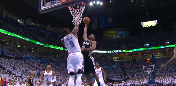 Kawhi-Leonard-Dunks-on-Serge-Ibaka