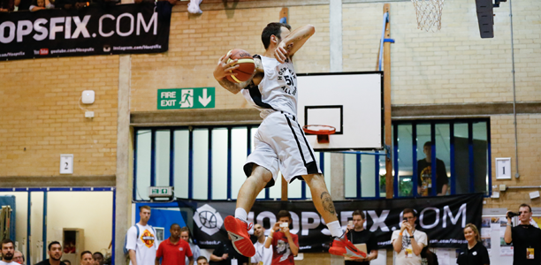 Post image for Liam Eley Makes the No Look Off the Bounce Windmill in the #HASC14 Dunk Comp!