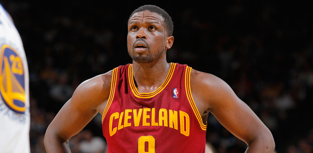 Post image for Luol Deng Contemplates Decision as Free Agency Hits