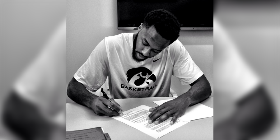 Gabe Olaseni signs first pro contract