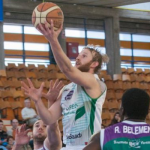 Joe Hart Reaches LEB Silver Playoff Finals with Araberri