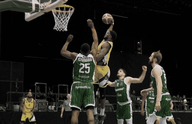 Kipper Nichols dunk