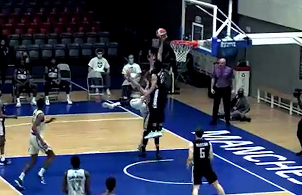 Jordan Whelan spikes it out of bounds! BBL Top 10 Plays – Week 22
